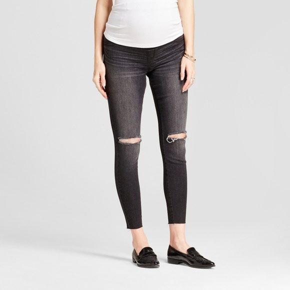 0a302ae17064b Destroyed Black Side Panel Maternity Jeggings - 16. NWT. Ingrid & Isabel